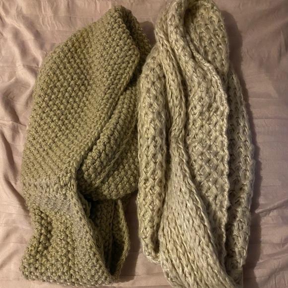 Tan knit scarves